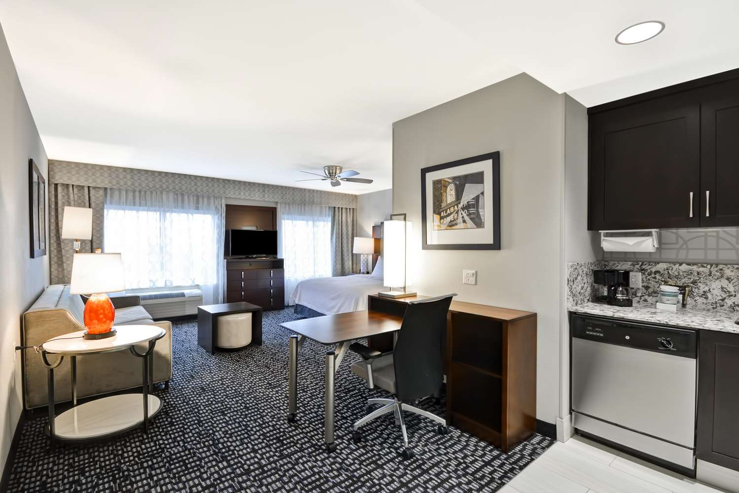 Room - Homewood Suites by Hilton Downtown Birmingham