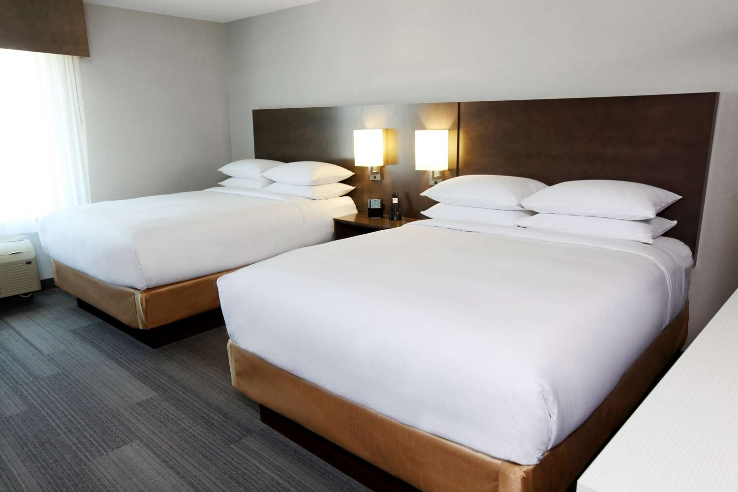 Room - DoubleTree by Hilton Hotel West Fargo
