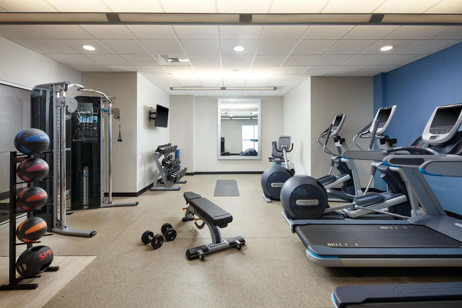 Fitness/ Exercise Room - Embassy Suites Uptown Charlotte