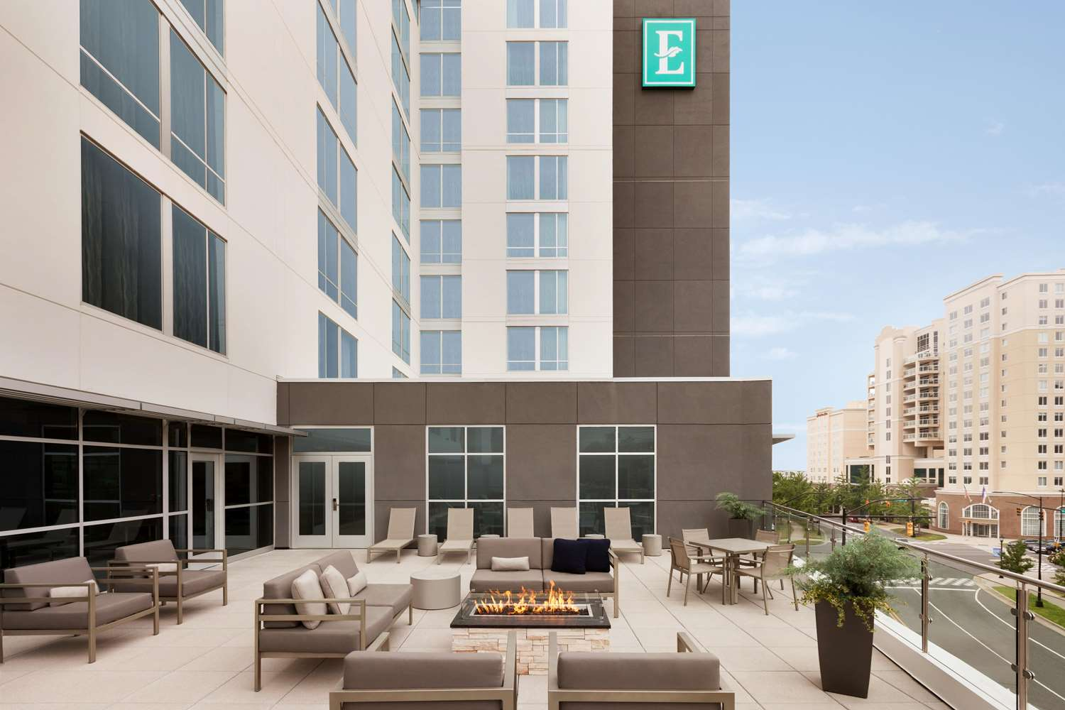 Exterior view - Embassy Suites Uptown Charlotte