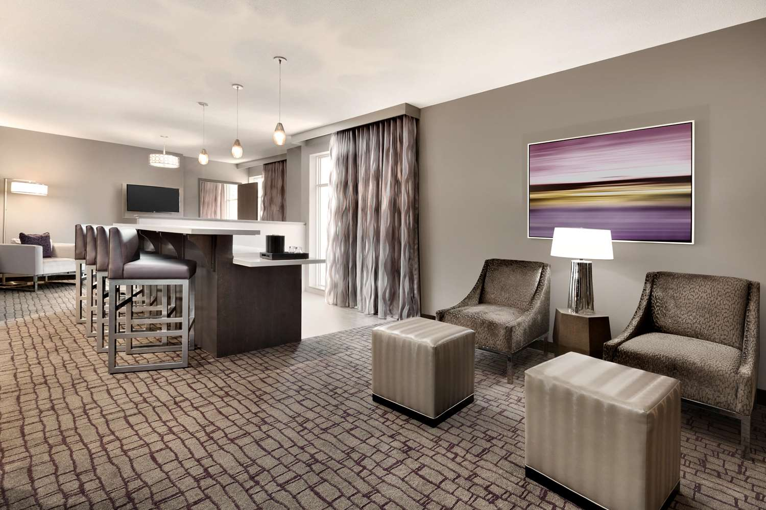 Room - Embassy Suites Uptown Charlotte