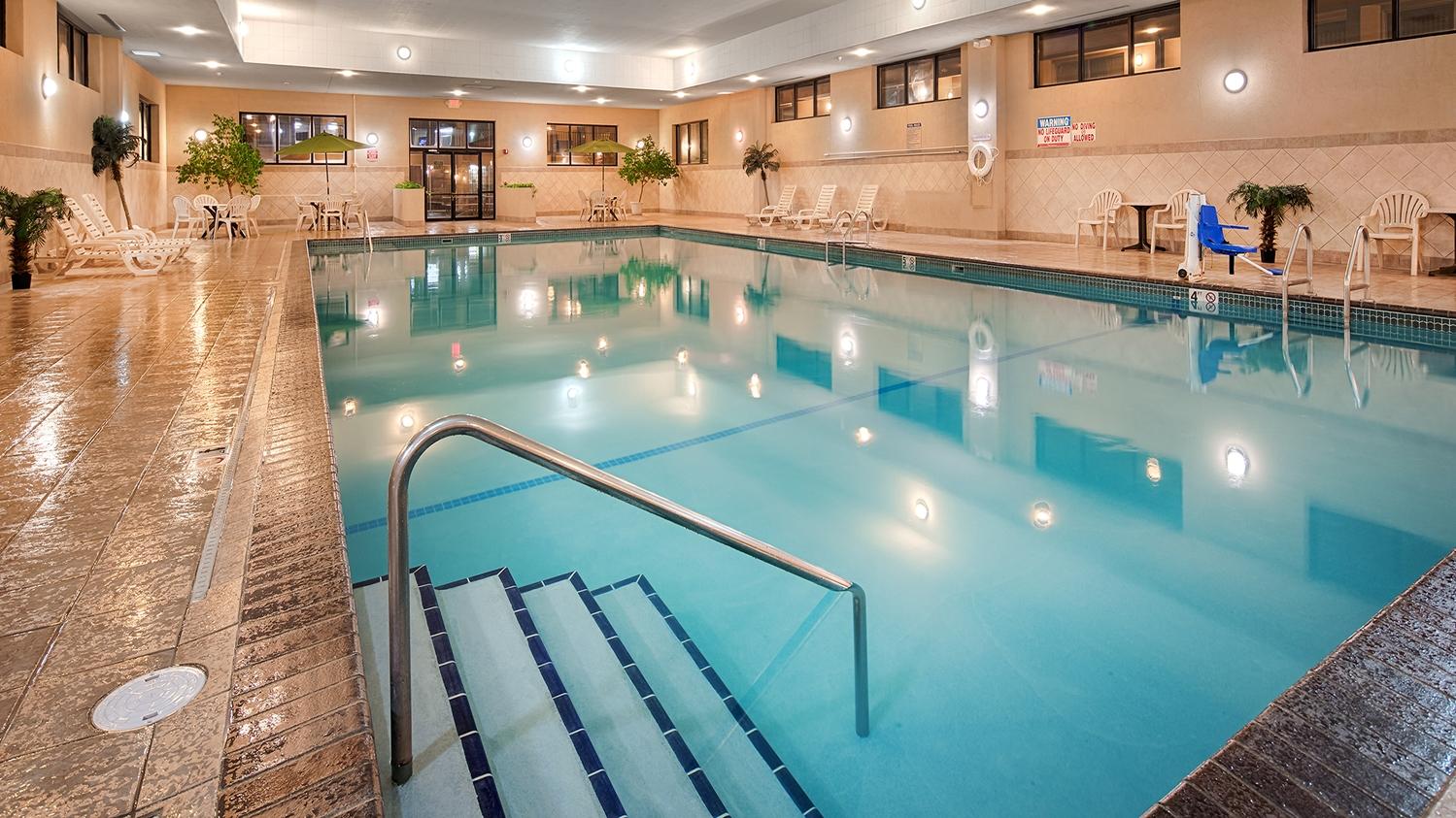 Pool - Best Western Ramkota Inn Rapid City