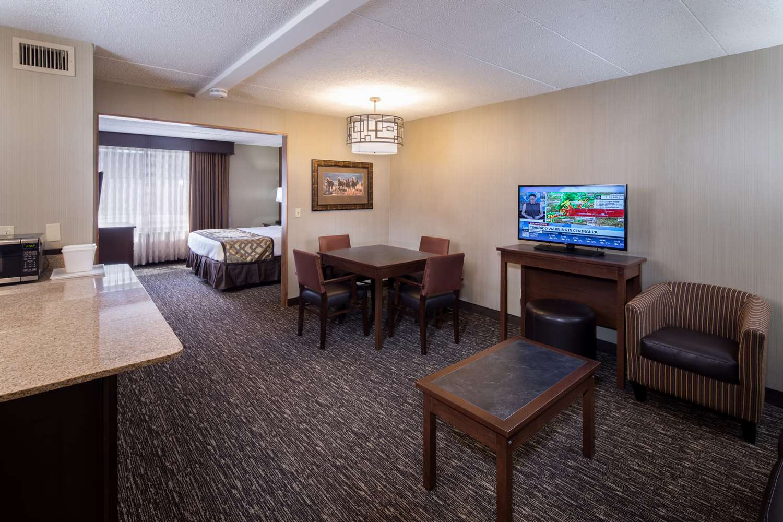Suite - Best Western Ramkota Inn Rapid City
