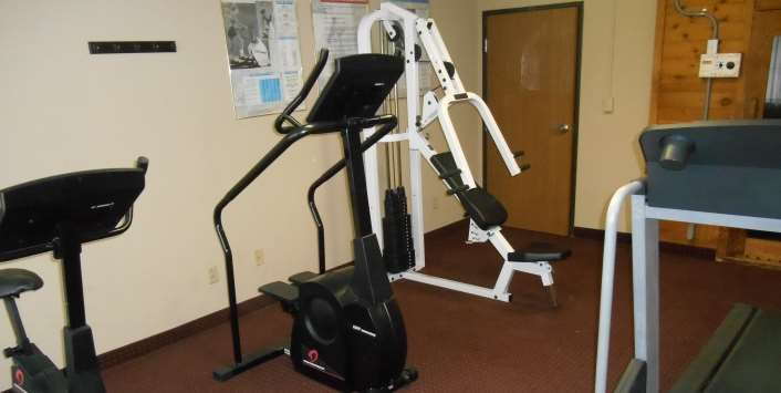 Fitness/ Exercise Room - Guesthouse Inn St Joseph
