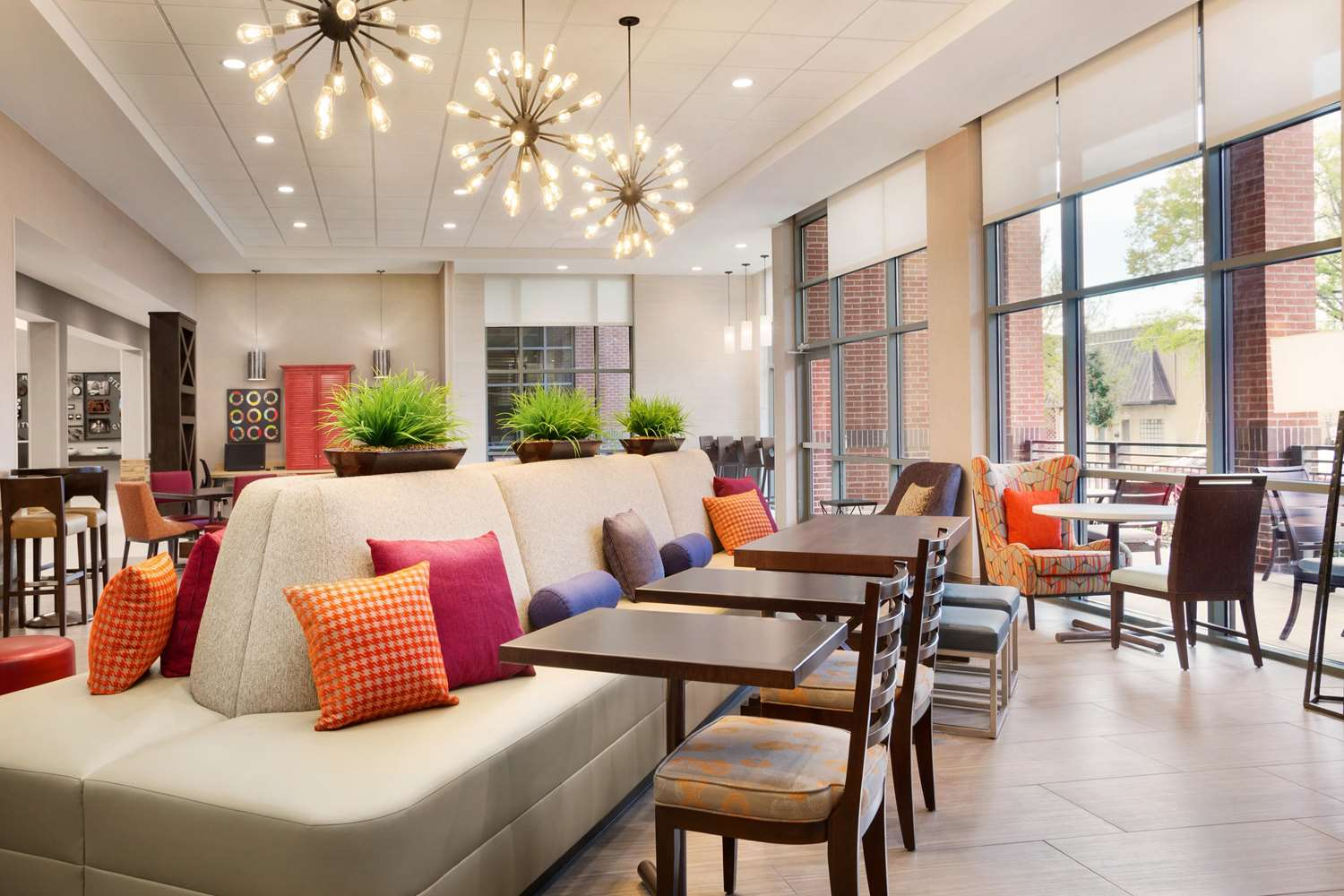 Lobby - Home2 Suites by Hilton Downtown Birmingham