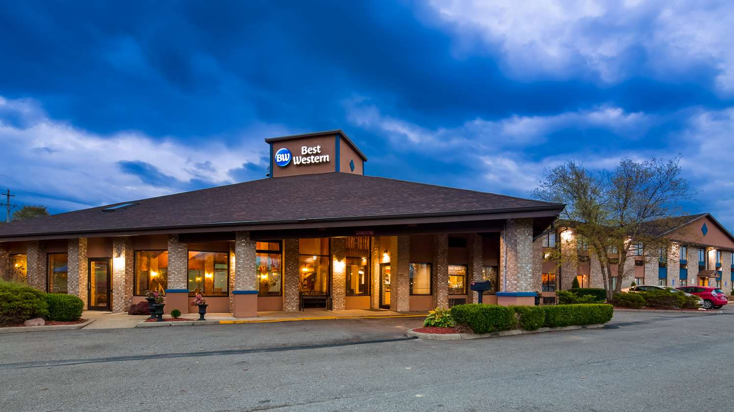best western richland inn mansfield oh see discounts. Black Bedroom Furniture Sets. Home Design Ideas