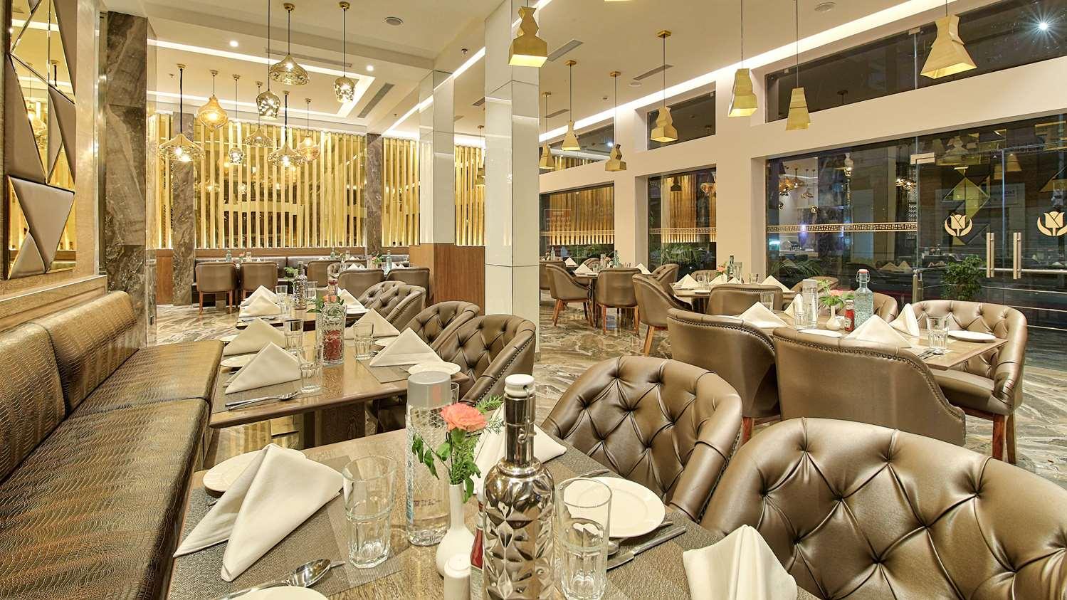 Restaurant - Hotel Golden Tulip Essential Jaipur