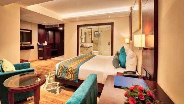 Hotel GOLDEN TULIP ESSENTIAL JAIPUR - Superior Room - King Bed