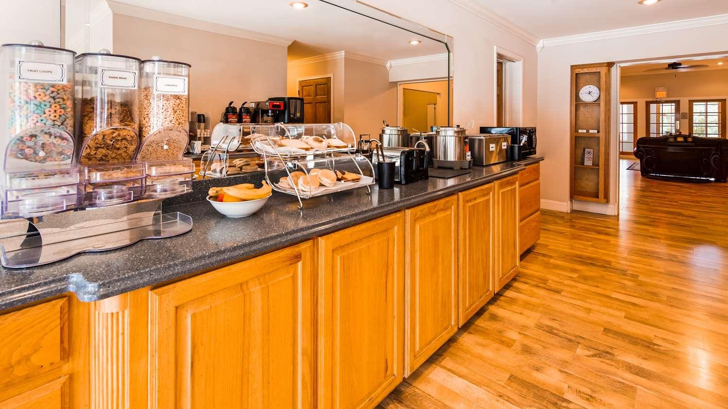 Restaurant - SureStay Hotel by Best Western Leesville