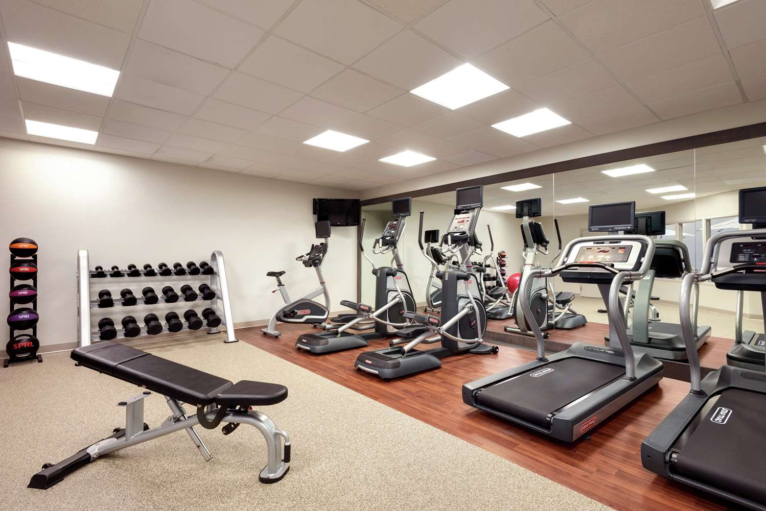 Fitness/ Exercise Room - DoubleTree by Hilton Hotel East St Paul
