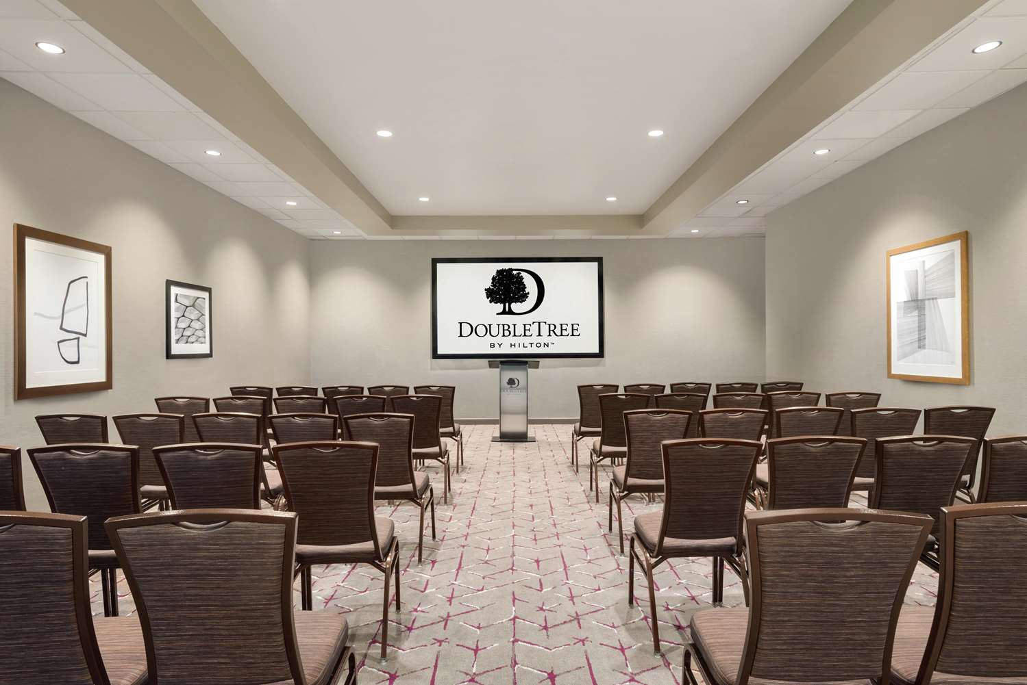 Meeting Facilities - DoubleTree by Hilton Hotel East St Paul
