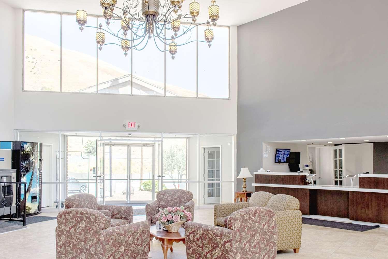 Lobby - Studio 6 Extended Stay Hotel Gorman