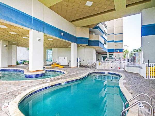 Pool - Carolinian Beach Resort Myrtle Beach