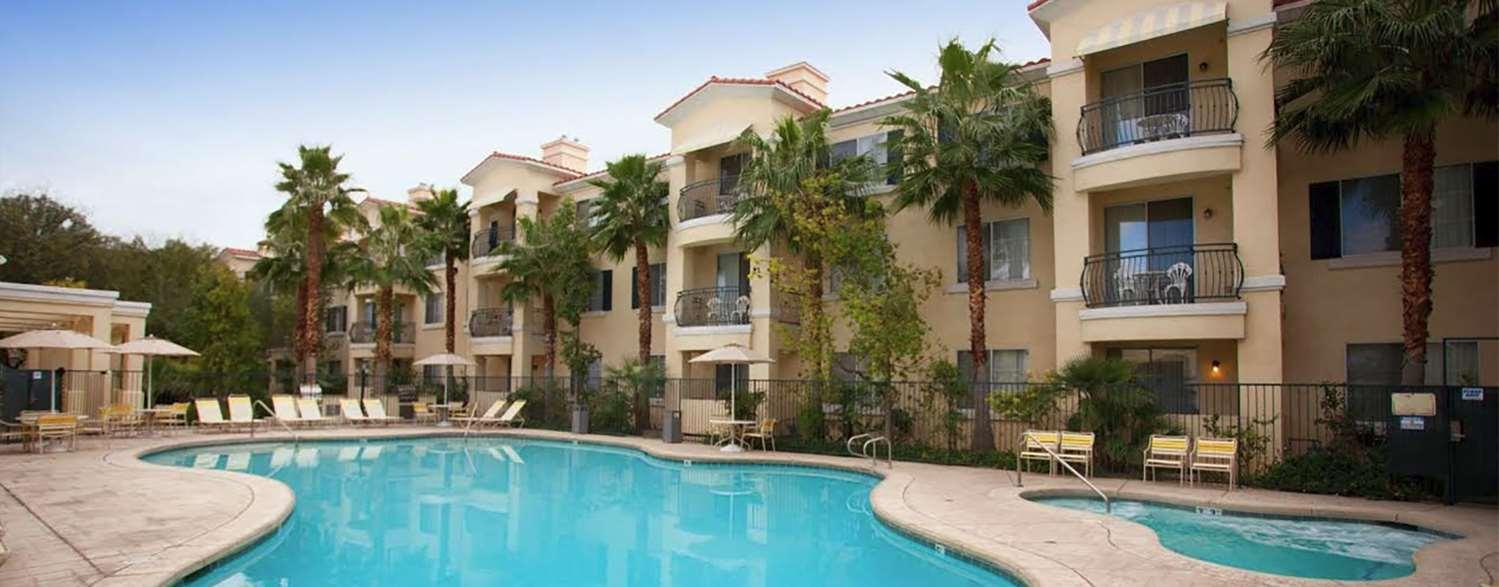 Pool - Club De Soleil Hotel Las Vegas