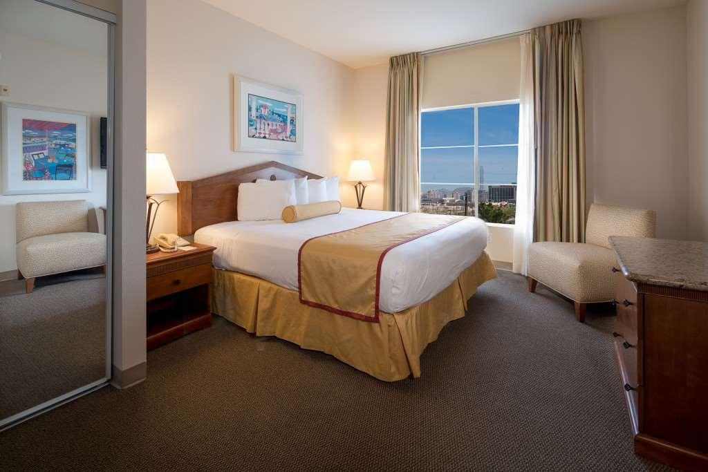 Room - Club De Soleil Hotel Las Vegas