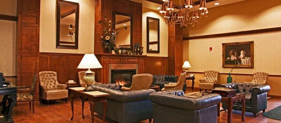 Lobby - D Hotel & Suites Holyoke