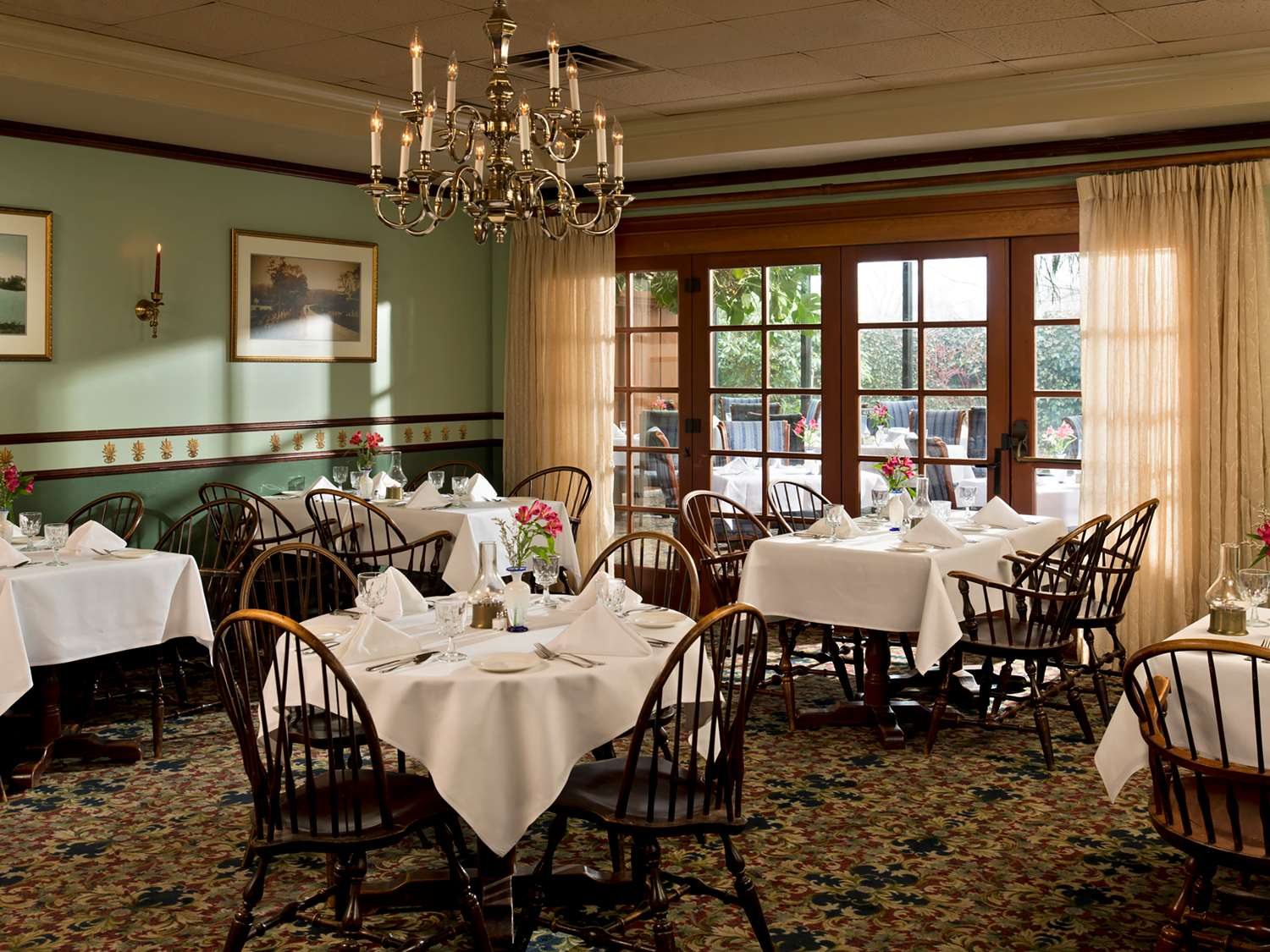 Restaurant - Daniel Webster Inn Sandwich