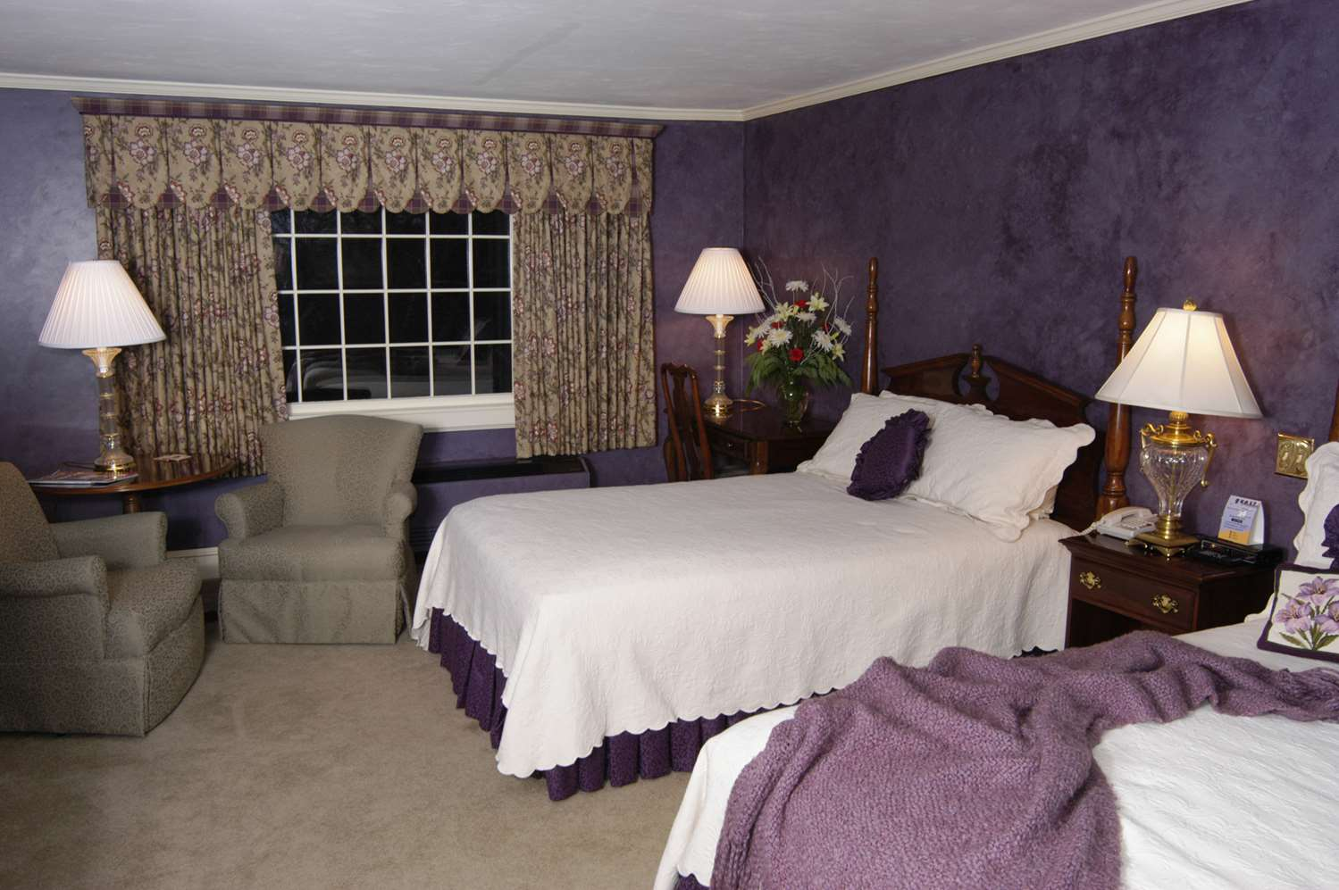 Room - Daniel Webster Inn Sandwich