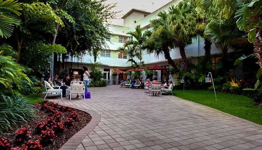Dorchester Hotel Amp Suites Miami Beach Fl See Discounts