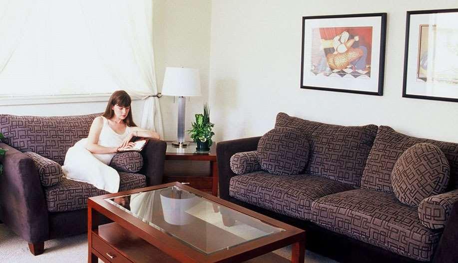 Dorchester Hotel And Suites Parking