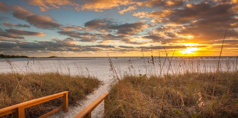 Beach - Gull Wing Beach Resort Fort Myers Beach