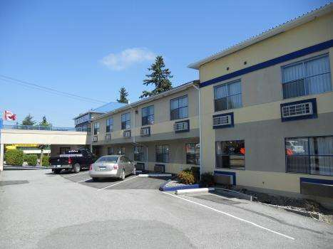 Exterior view - Happy Day Inn Burnaby