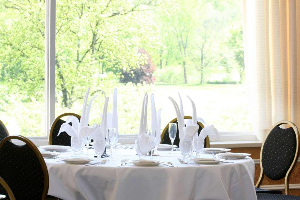 Restaurant - Honor's Haven Resort Ellenville