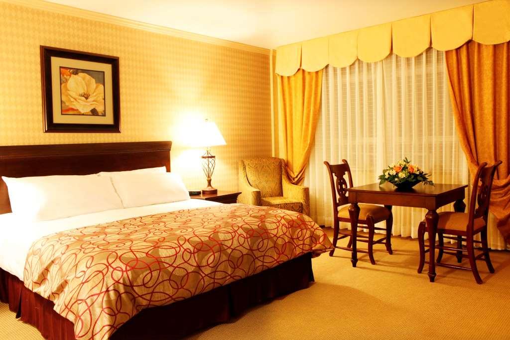 Room - Honor's Haven Resort Ellenville