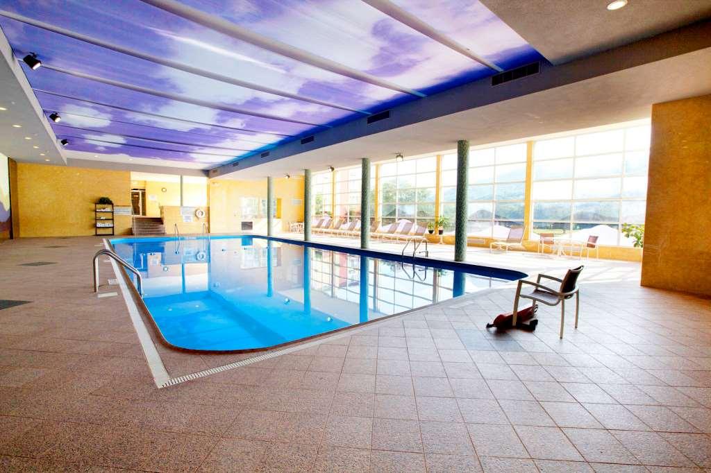 Pool - Honor's Haven Resort Ellenville