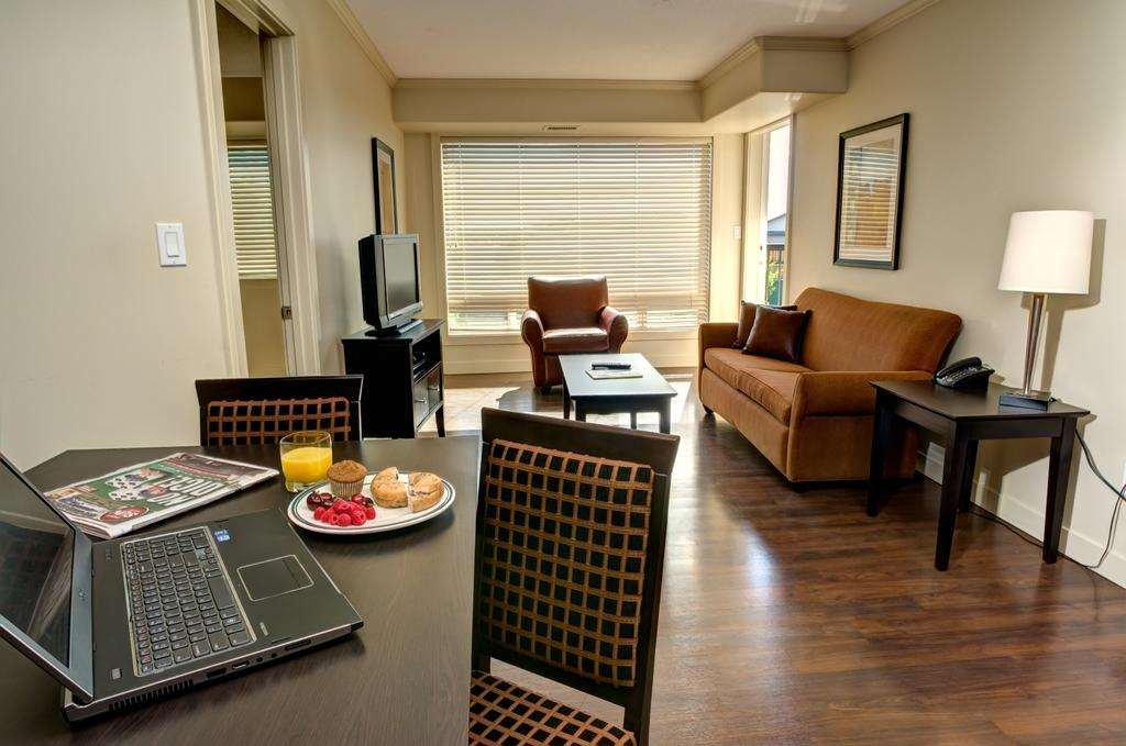 Room - Clearwater Residence Hotel Timberlea Fort McMurray