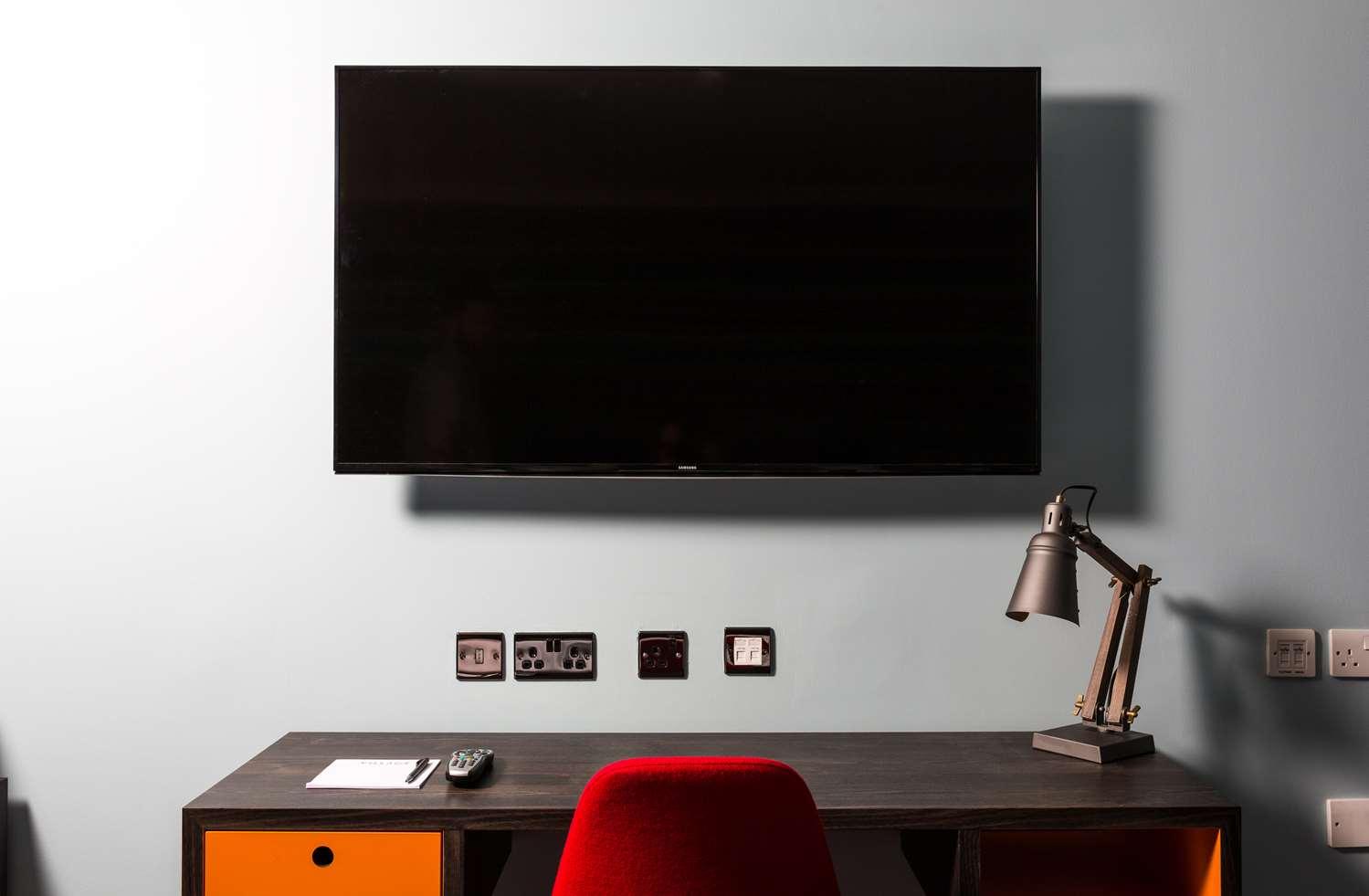 Club Room TV