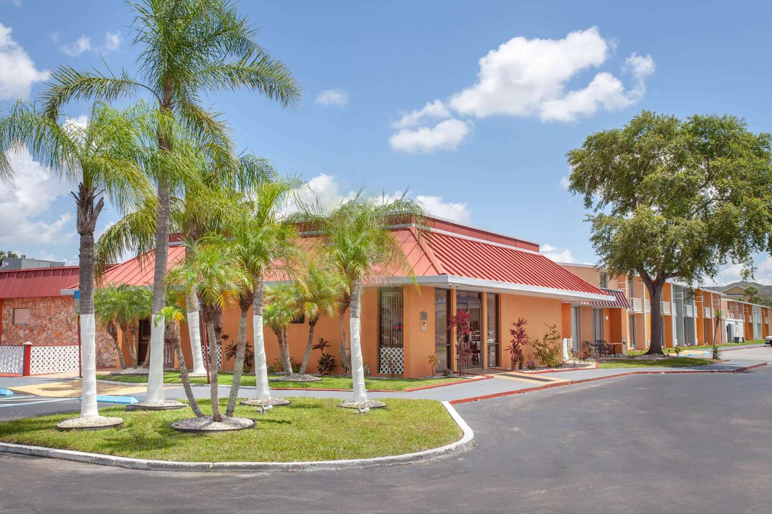 Exterior view - Travelodge East Kissimmee