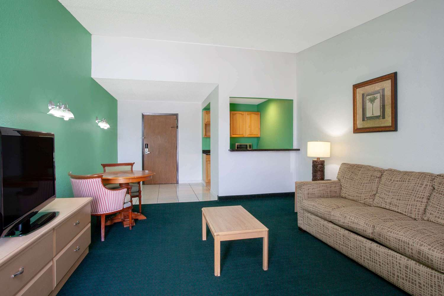 Suite - Travelodge East Kissimmee