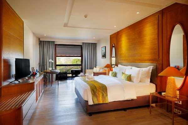 Hotel ROYAL TULIP SPRINGHILL RESORT JIMBARAN - Kamar Deluxe - Pemandangan Taman