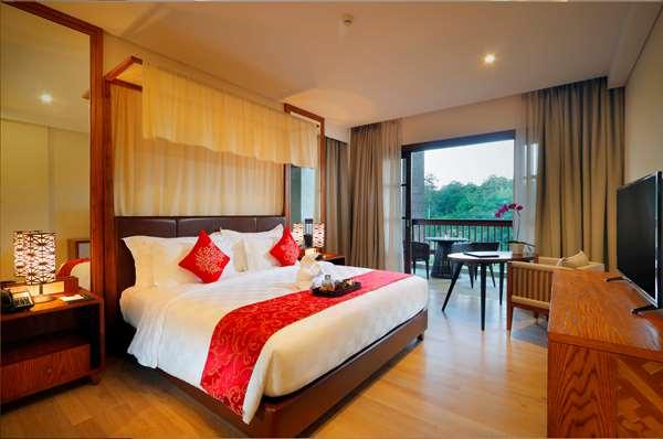 Hotel ROYAL TULIP SPRINGHILL RESORT JIMBARAN - Suite - Pemandangan Taman