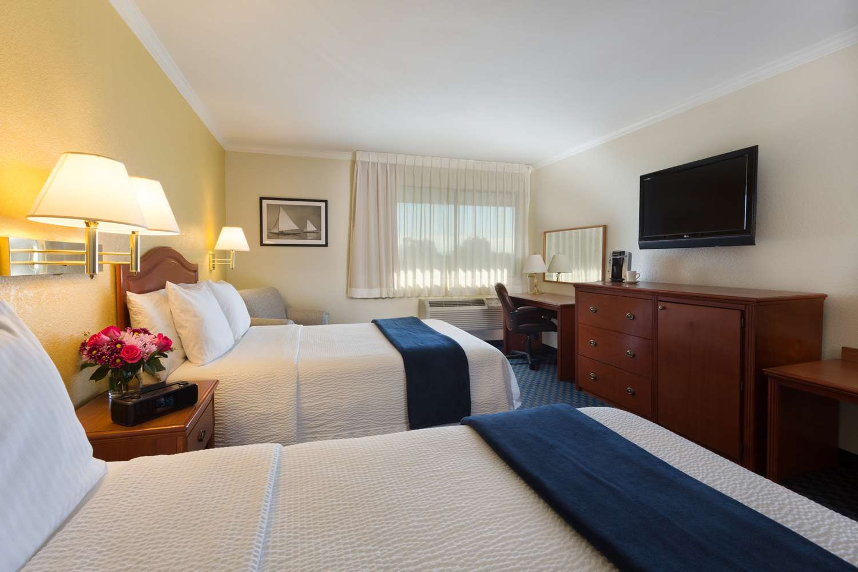 Room - Marina Inn on San Francisco Bay San Leandro