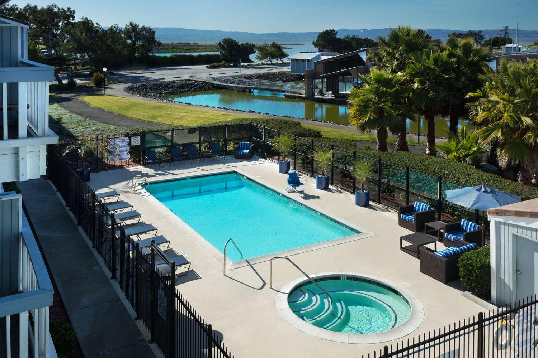 Pool - Marina Inn on San Francisco Bay San Leandro