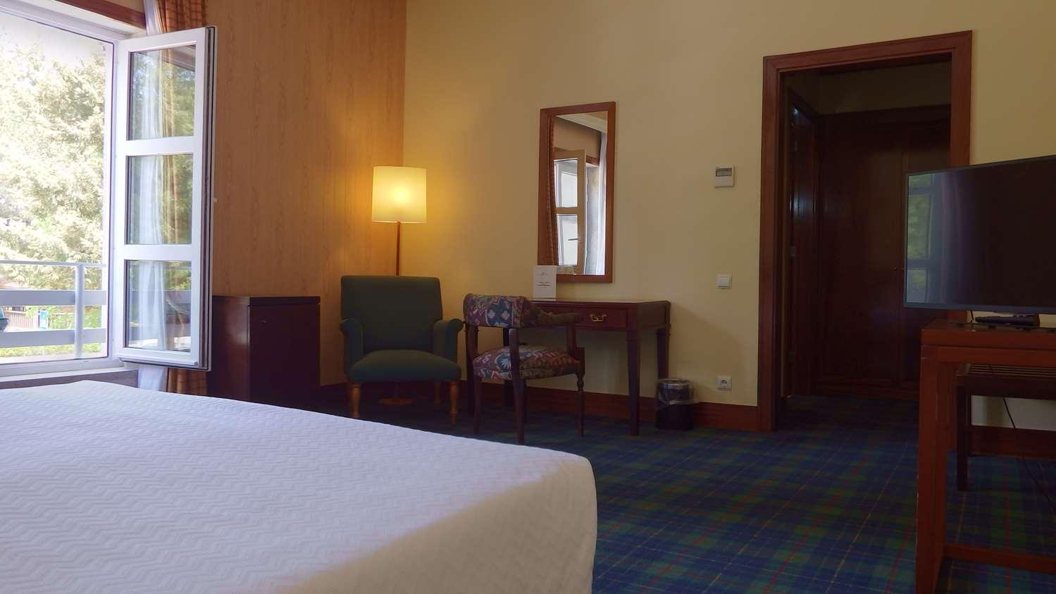 Hotel GOLDEN TULIP CARAMULO HOTEL AND SPA