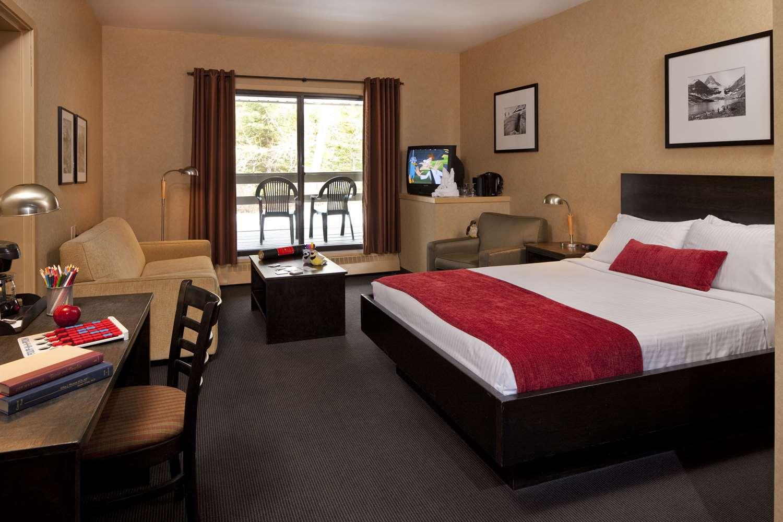 Suite - Mount Kidd Manor Kananaskis Village