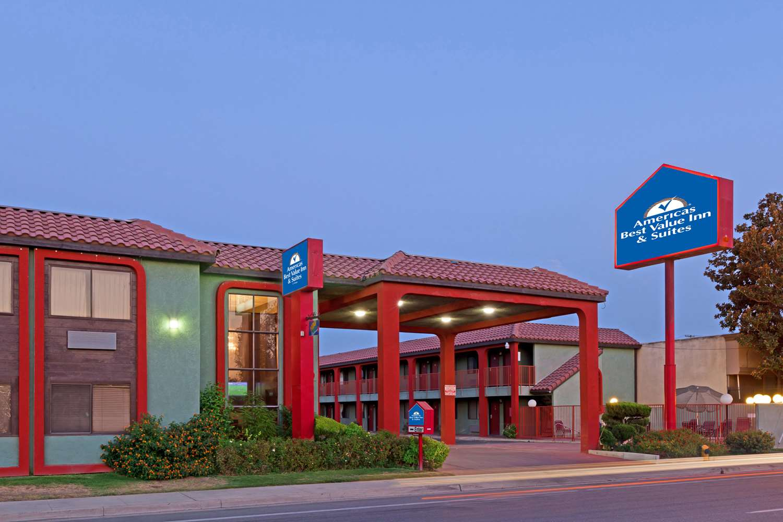 Exterior view - Americas Best Value Inn Central Bakersfield