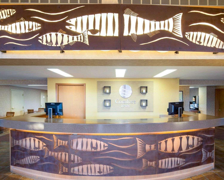 Lobby - Comfort Inn Ship Creek Anchorage