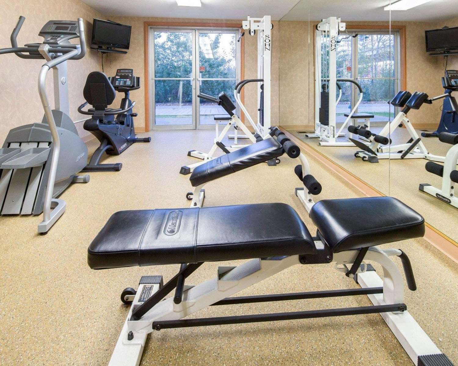 Fitness/ Exercise Room - Comfort Inn Ship Creek Anchorage