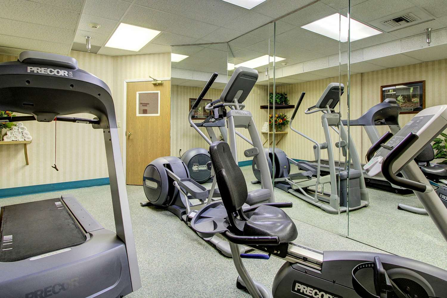 Fitness/ Exercise Room - Clarion Suites Anchorage