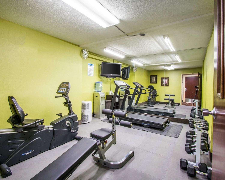 Fitness/ Exercise Room - Quality Inn Prattville