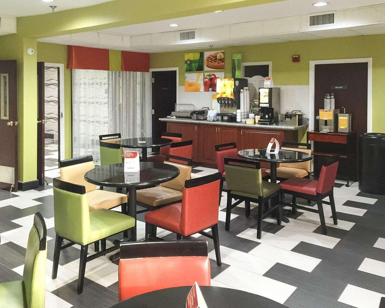 Restaurant - Quality Inn Prattville
