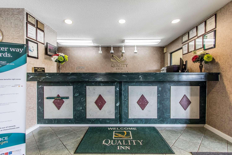 Lobby - Quality Inn Andalusia