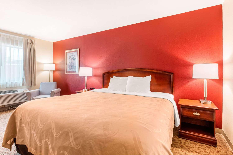 Room - Quality Inn Pelham