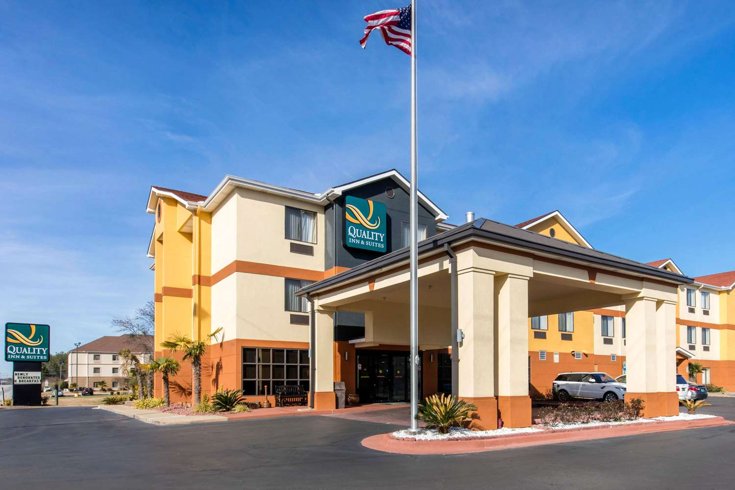 Exterior view - Quality Inn & Suites ASU Montgomery