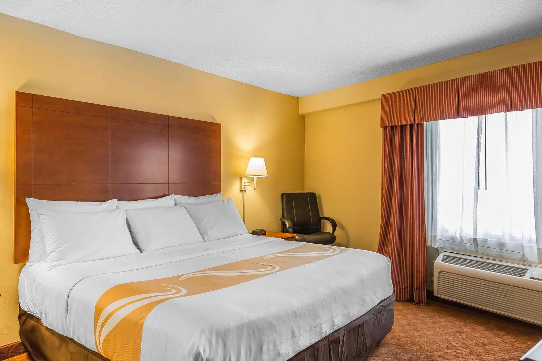 Suite - Quality Inn Calera