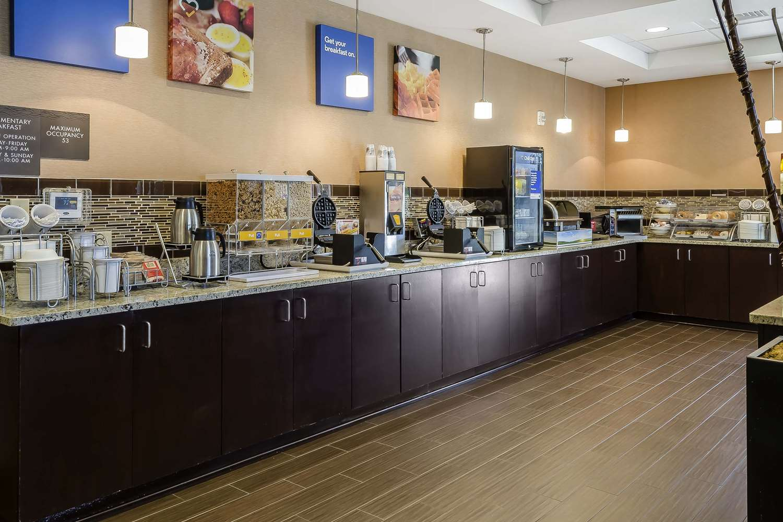 Restaurant - Comfort Inn & Suites Dothan